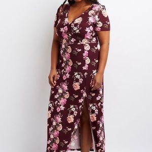 Dresses & Skirts - Floral plus size maxi dress